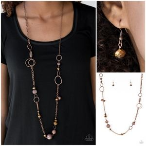 Paparazzi Too HAUTE To Handle Copper Necklace Set
